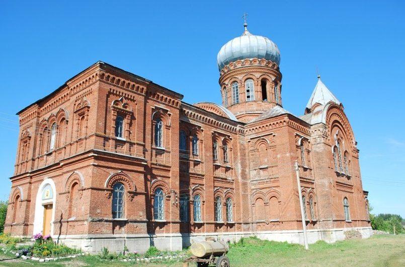 Храм священномученика Власия, епископа Севастийского села Шляпники