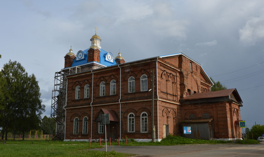 Храм апостола Андрея Первозванного села Суда