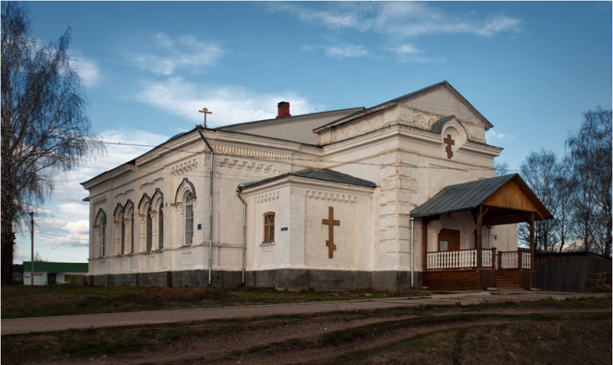 Крестовоздвиженский храм села Серга