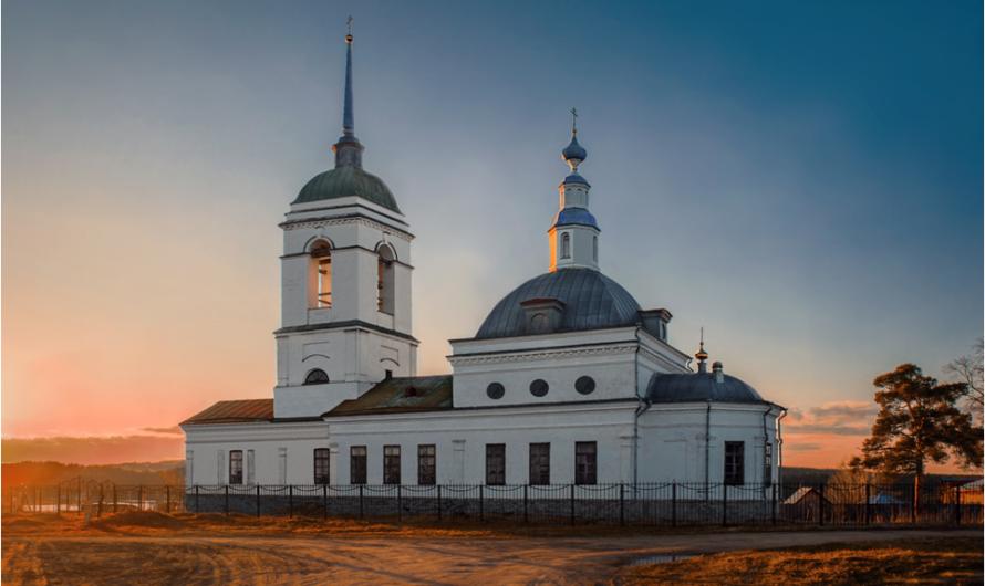 Храм первоверховных апостолов Петра и Павла села Кинделино