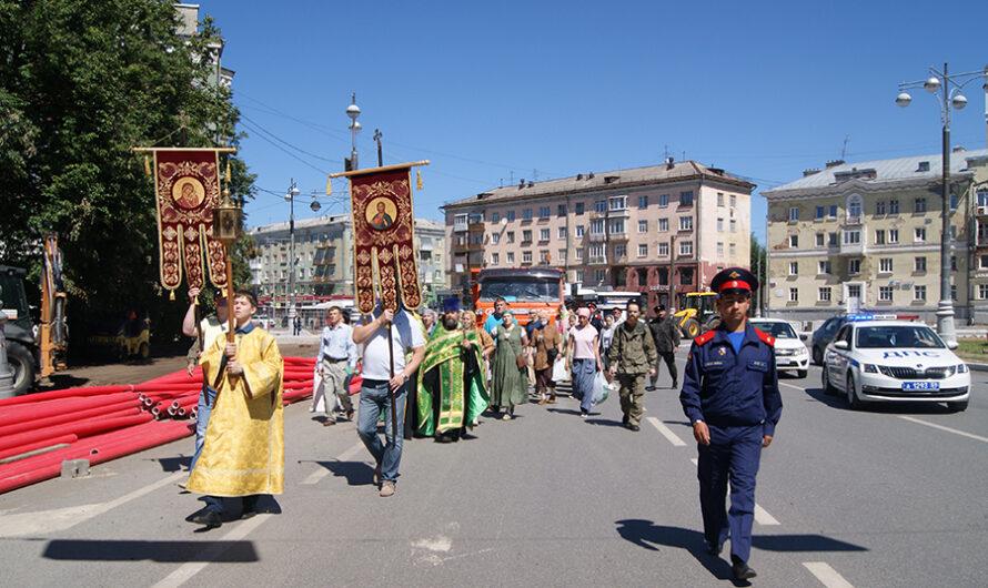 Крестный ход в день памяти священномученика Андроника, архиепископа Пермского и Кунгурского